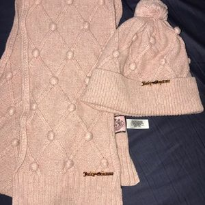 Juicy couture scarf and beanie set